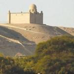 مقبرة أغاخان على نيل أسوان
