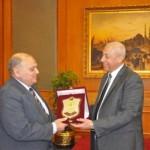 رئيس الوفد البرلمانى، اللواء كمال عامر